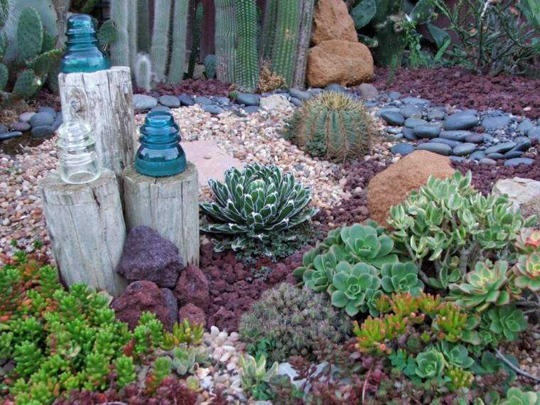bonito jardin estilo zen suculentas