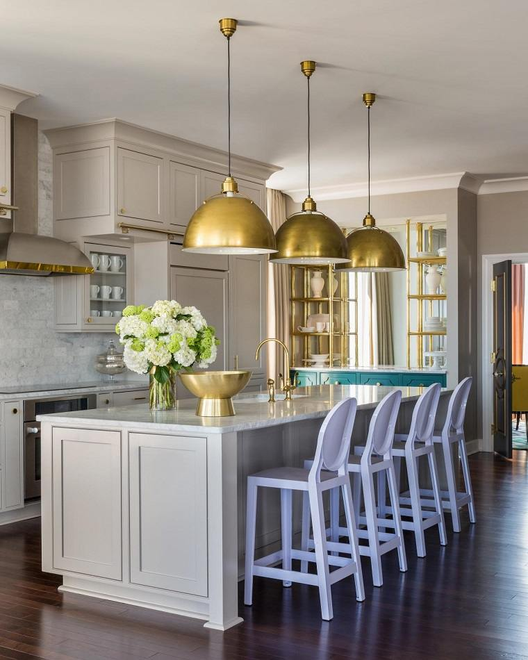 cocina forma diseno detalles color dorado ideas