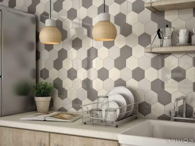 cocinas azulejos acento gris elegantes maderas