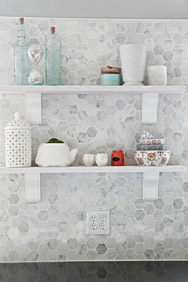 cocinas azulejos grises variaciones estantes