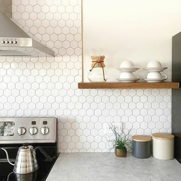 Cocinas azulejos hexagonales en 34 dise os impresionantes for Azulejos de marmol