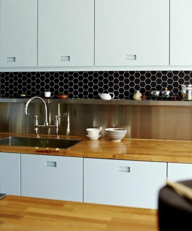 cocinas azulejos negro colores madera blanco
