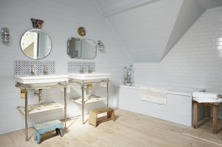 cuarto baño estilo retro