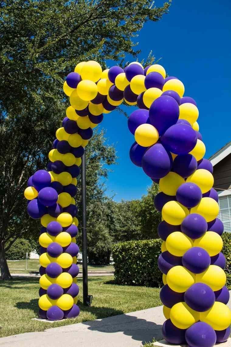 decoraciones con globos amarillos morados