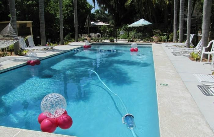 decoraciones piscinas especiales muebles colores