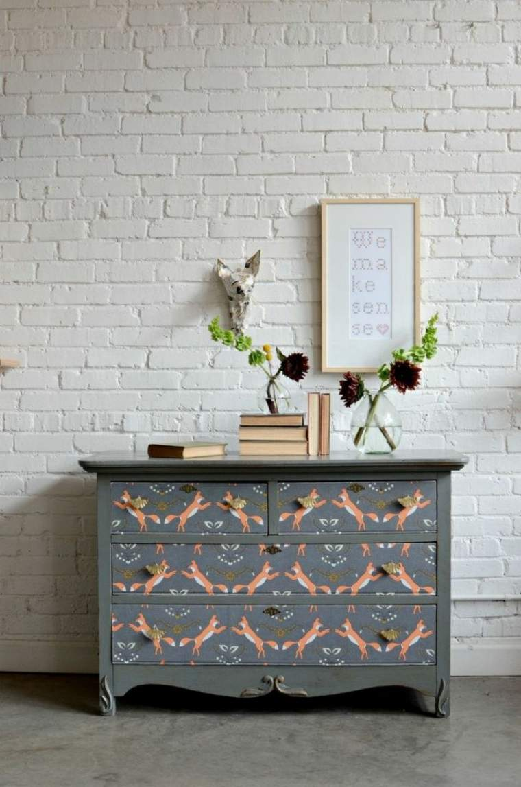Reciclar muebles antiguos y darles una nueva vida - Decorar muebles con tela ...