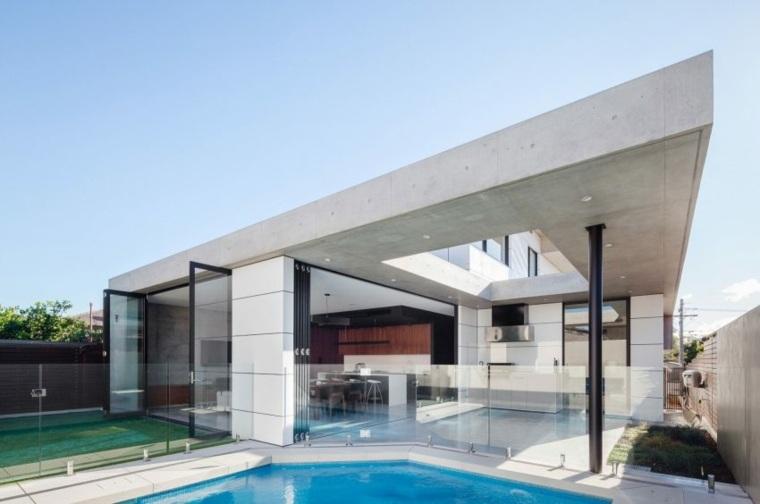 diseño abierto cristales ventanales piscina