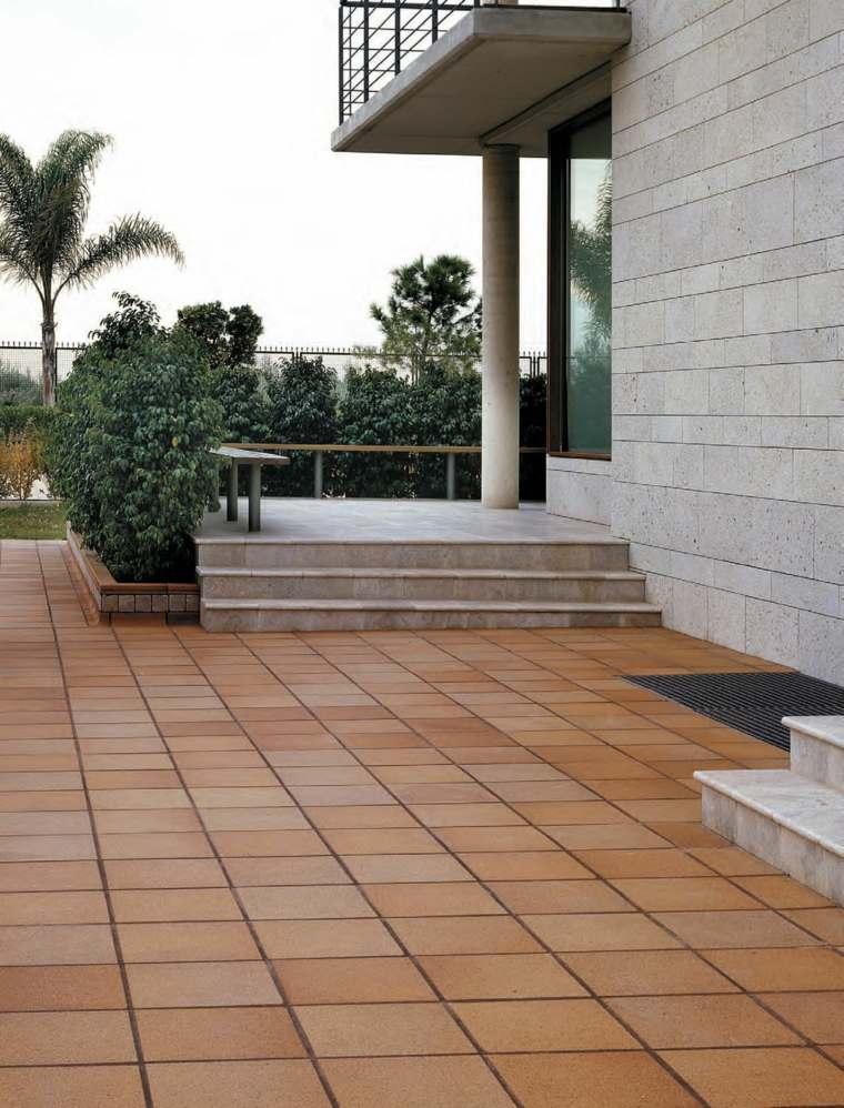 Suelos de exterior descubre las tendencias en dise o for Ceramica pared exterior