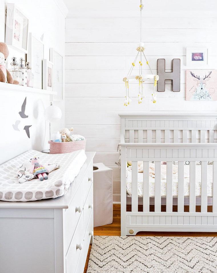 dormitorios de bebes cuna comoda madera blanca ideas