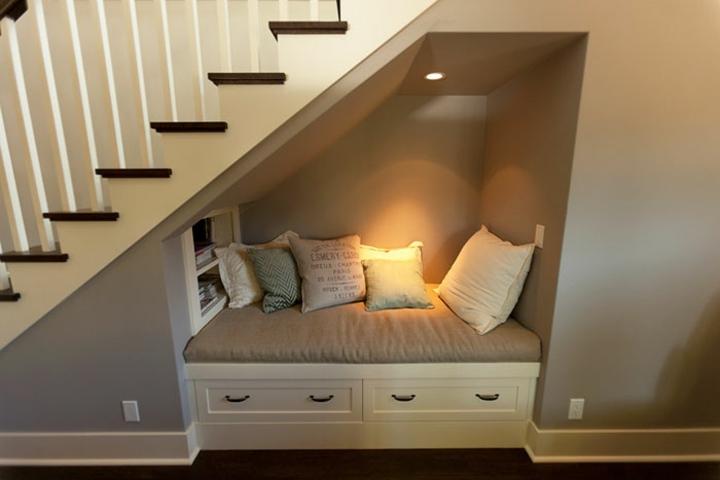 escaleras bajo mueble salones listones
