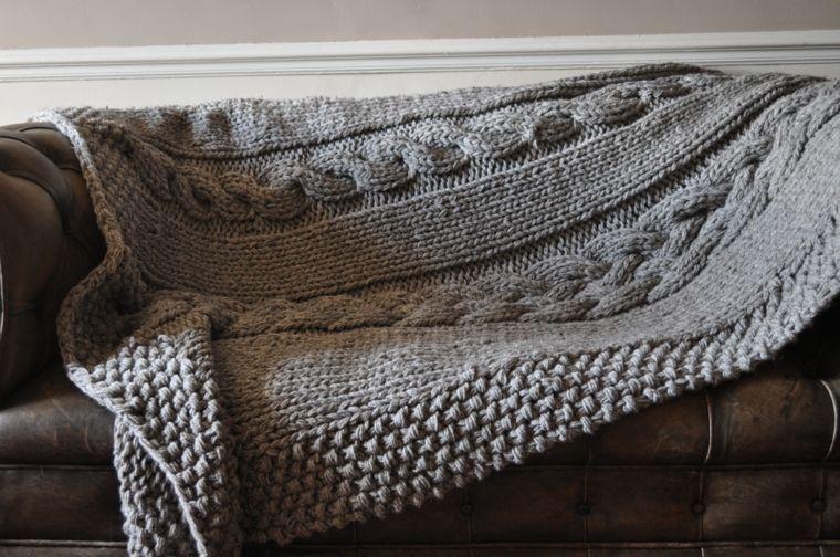 manta ganchillo color gris
