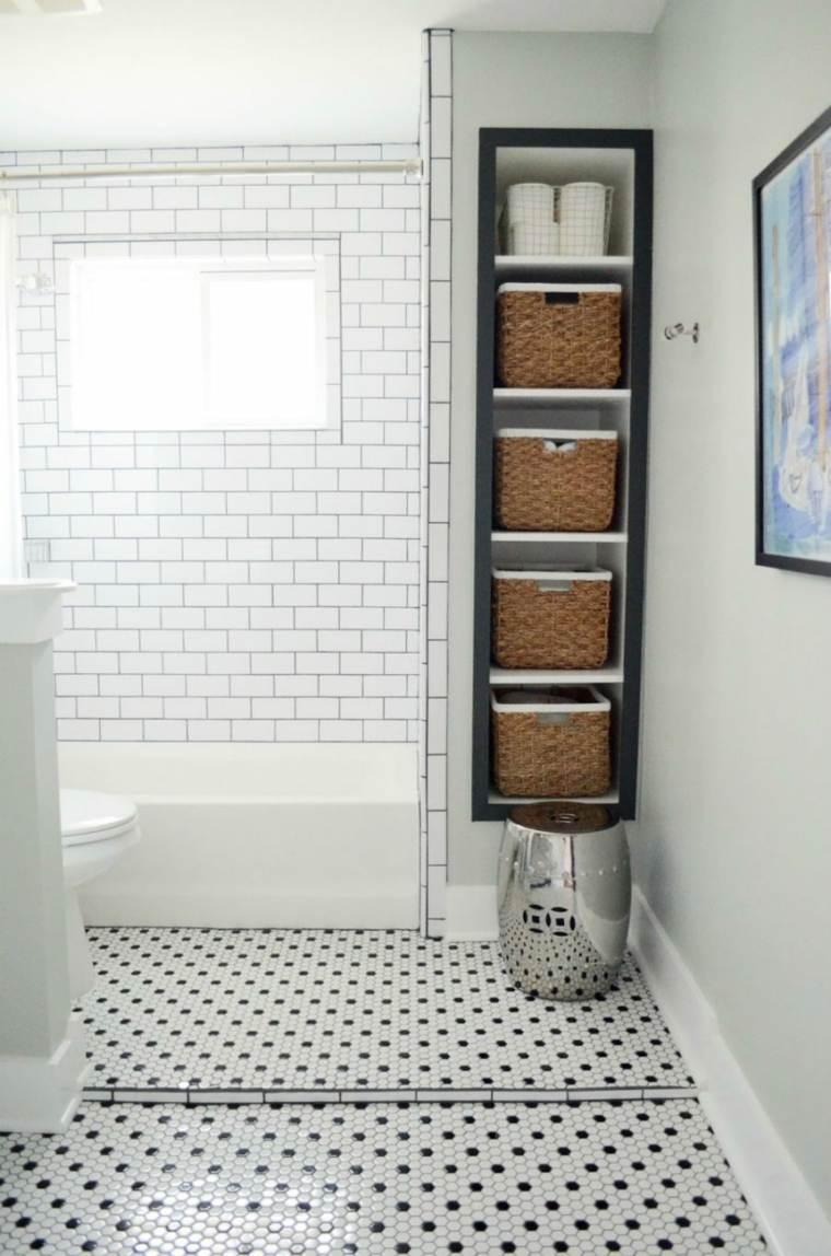 mobiliario diseño bano verticales duchas