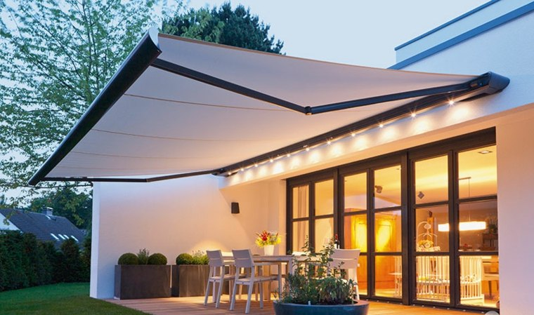 patio diseno moderno toldo blanco ideas