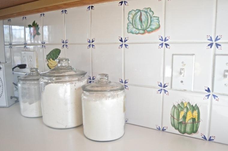 Pintar azulejos cocina para decorar vuestros interiores - Pintura azulejos colores ...
