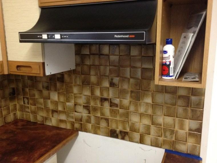 Pintar azulejos cocina para decorar vuestros interiores - Pintura para azulejos cocina ...