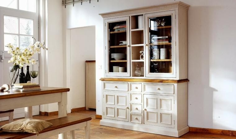 Reciclar muebles antiguos y darles una nueva vida -