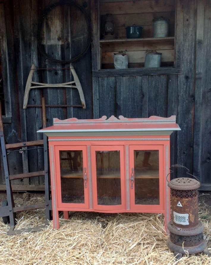 restauracion de muebles estantes rosa maderas