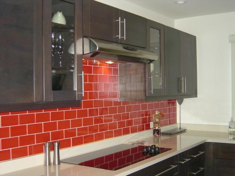 salpicadero de cocina azulejos rojos