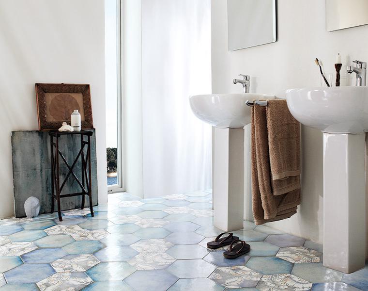 suelo azulejos originales baño
