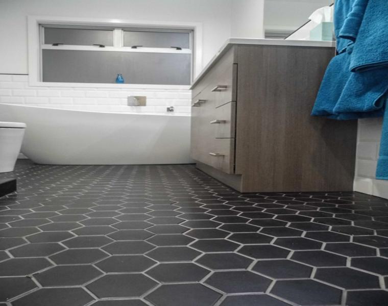suelo cuarto baño moderno