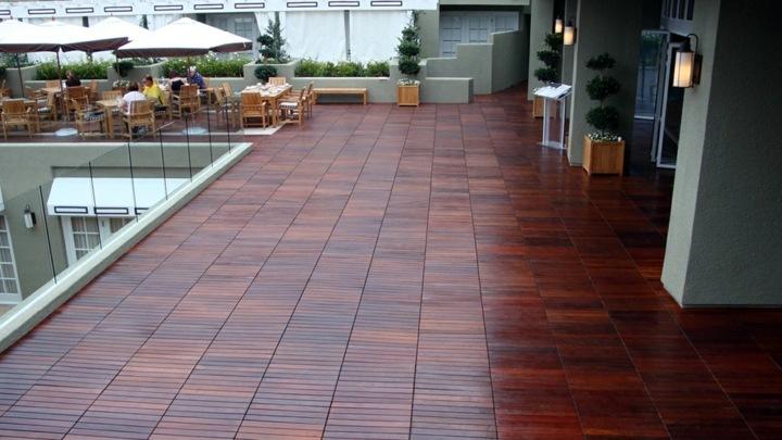 terraza suelos color madera especiales acabados