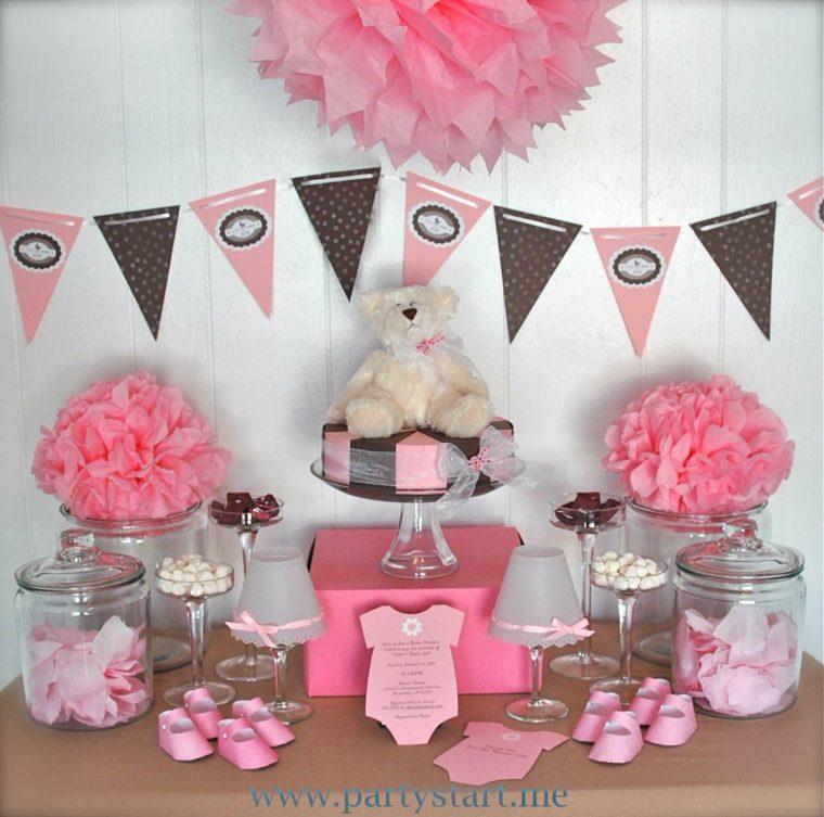 adornos de color rosa