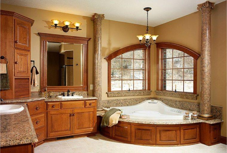 Baños antiguos y de diseño para una decoración elegante