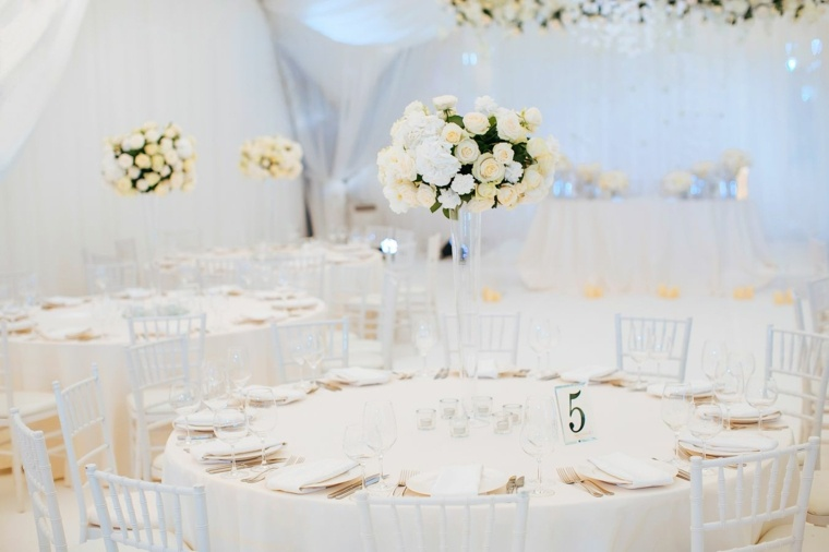 bodas sencillas decoracion blanco centro mesa ideas