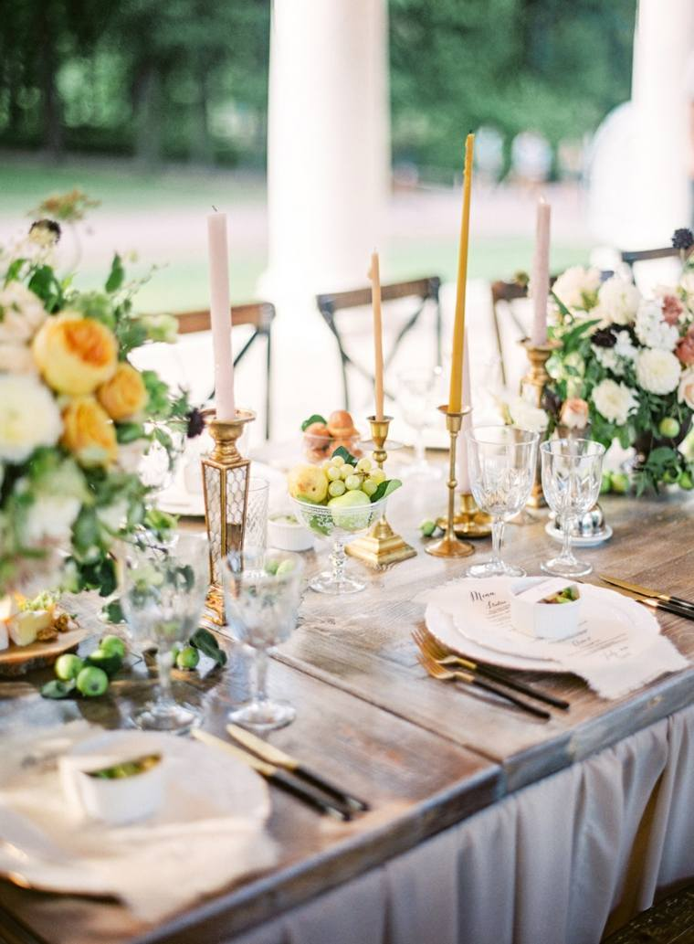 bodas sencillas decoracion mesa banquete candelabros ideas
