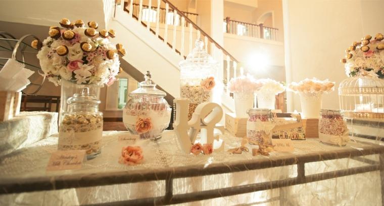 bonita mesa decoración boda