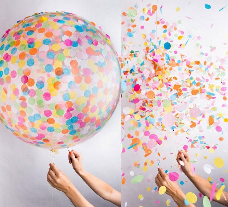 pinchar globo confeti colores