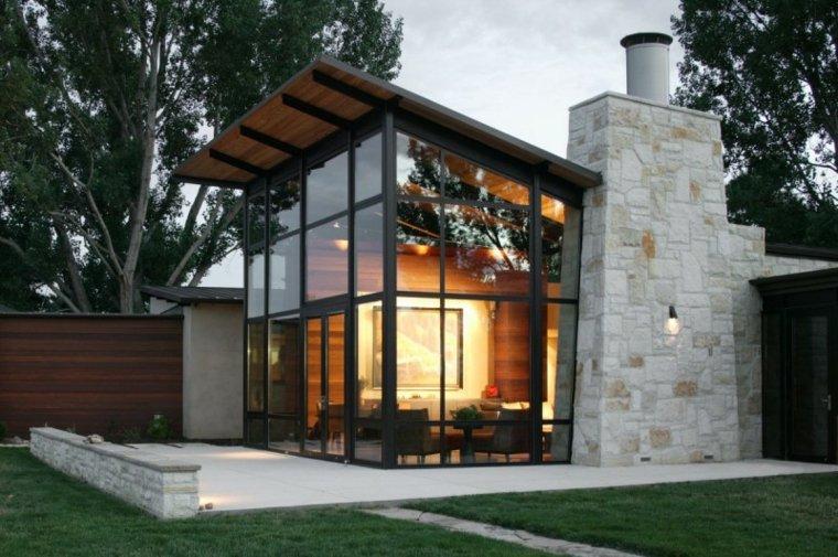 casa pequeña piedra