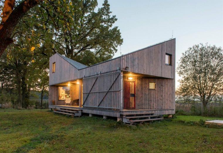 Casa peque a y una decoraci n con mucho encanto - Casas de madera pequenas ...