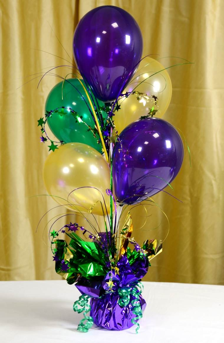 Centros de mesa con globos para decorar en fiestas for Decoracion e