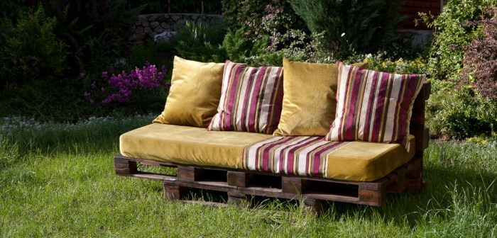 chill out palets muebles sofa bonita cojines diseno ideas