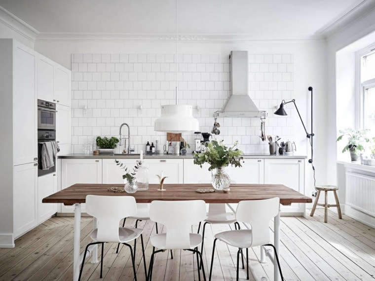 cocina escandinava suelos madera clara luces