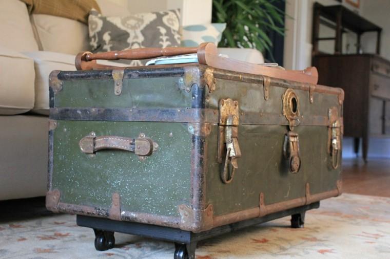 cofre restaurado de estilo vintage