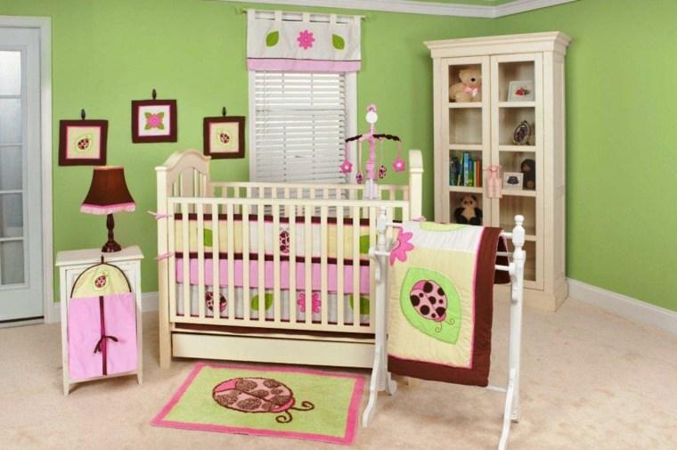 cuarto de bebé niña decorado