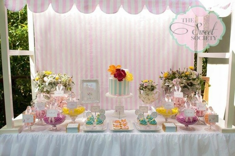 decoración mesa dulces