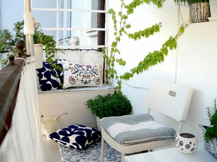 decorar balcon pequeño chill out exteriores blanco ideas