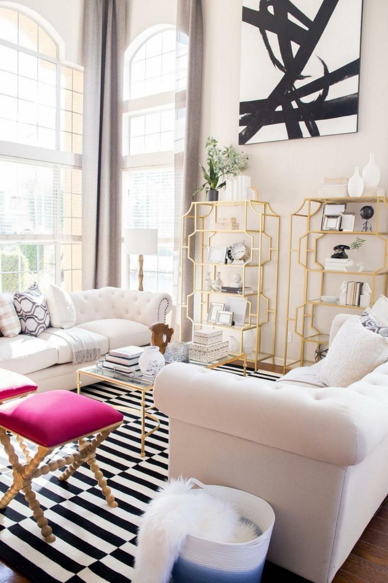 decorar salones acogedores dorados acabados sillas