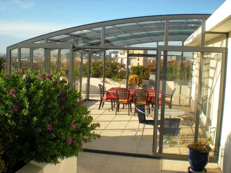 diseños de terrazas cerradas flores color flores