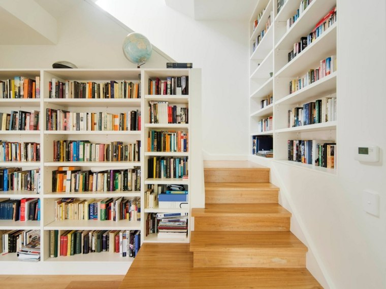 escaleras madera librerias paredes diseno Rebecca Naughtin Architect ideas