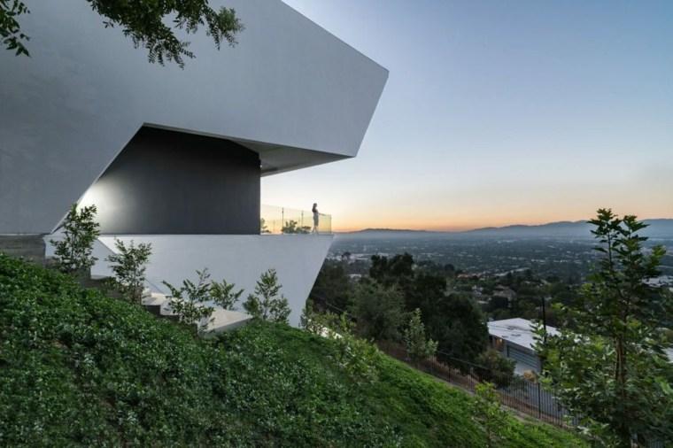 estupenda fachada edificio moderno