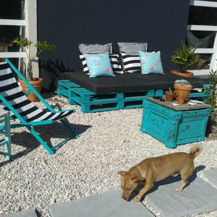 estupenda terraza muebles estilo chill