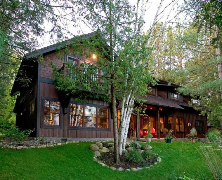 fachadas de casas de pueblo madera