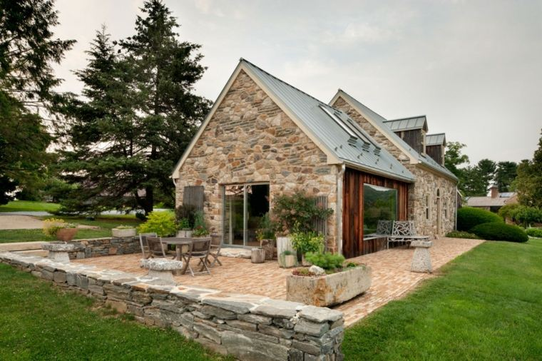 Fachadas de casas de pueblo ideas para decorar for Fachadas de viviendas pequenas