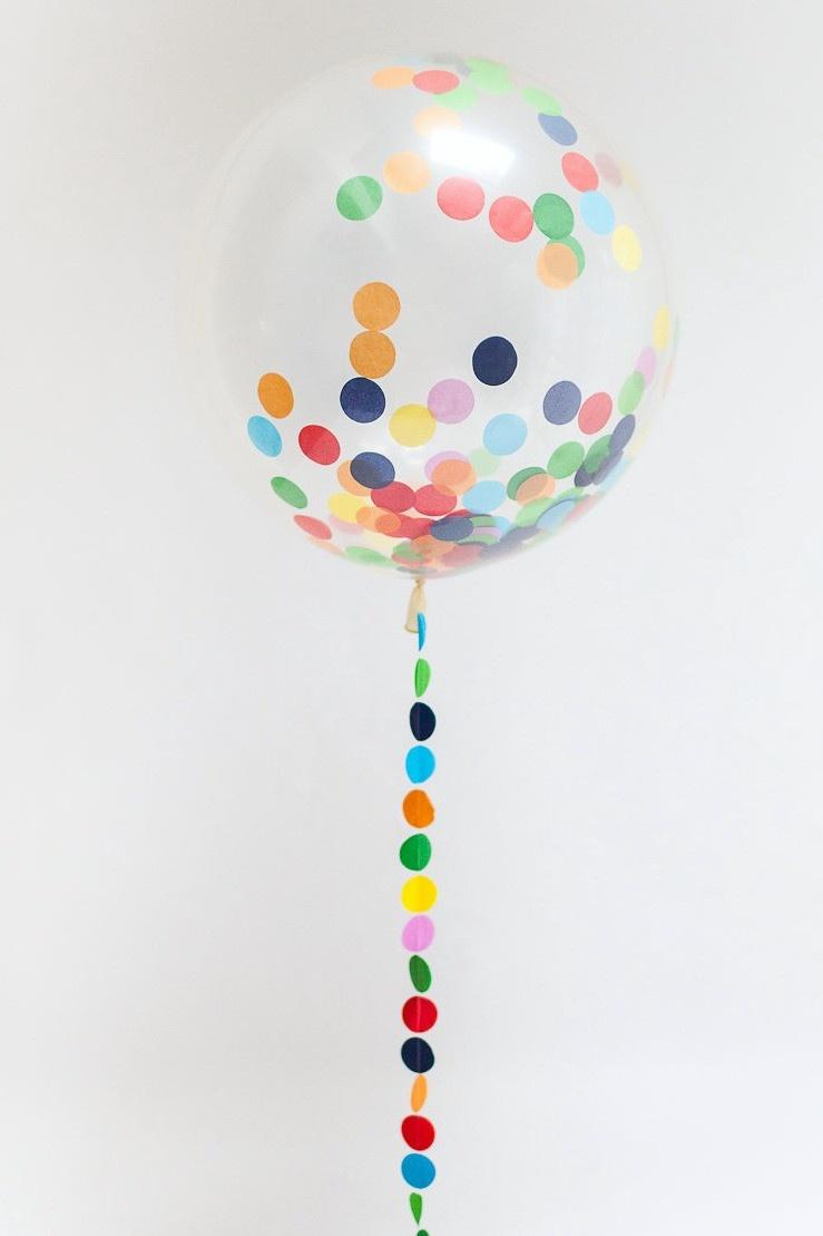 globo transparente confeti colores