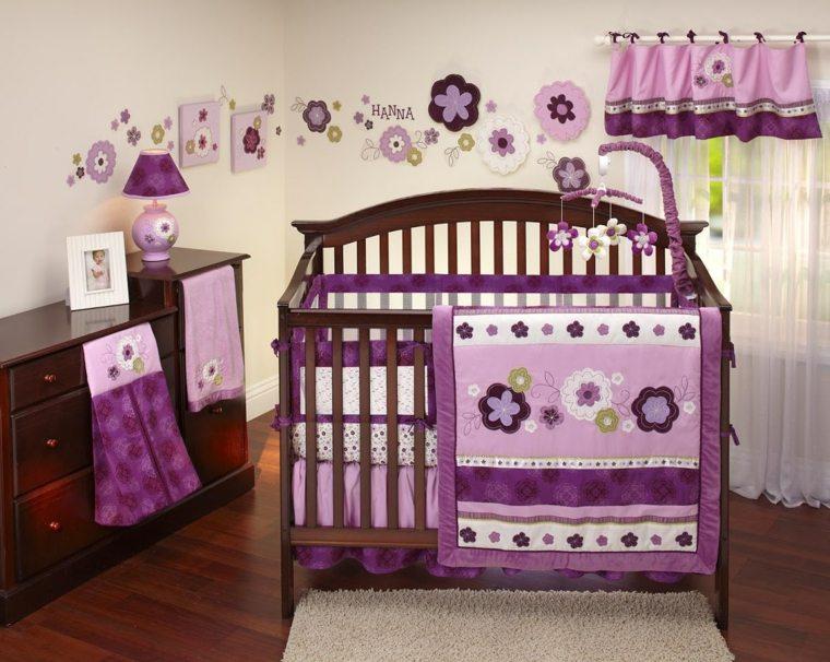 habitación para bebé niña decorada