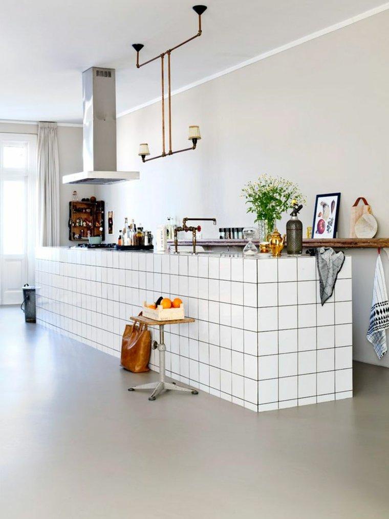 Azulejos blancos de estilo metro en ba os y cocinas for Disenos de azulejos para cocina